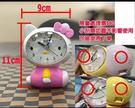市價220/迷你桌面鬧鐘 可愛卡通 雙貓鬧鐘 -【隨機出/圖中有小NG~五折加購】