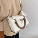 大學生上課包包女2021新款潮夏季大容量帆布包斜背百搭側背托特包 黛尼時尚精品