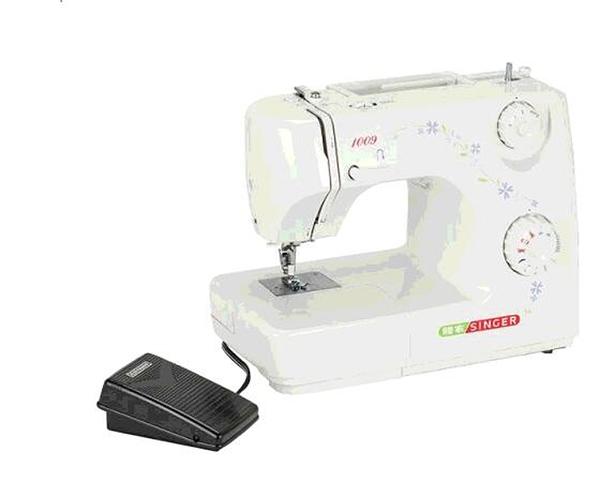 [COSCO代購] C90852 SINGER 勝家 自動穿針 縫紉機 SEWING MACHINE 附拷克布邊器