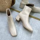 白色短靴女2020年秋冬新款網紅瘦瘦靴ins百搭方頭中跟粗跟馬丁靴一米陽光