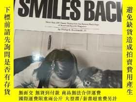 二手書博民逛書店原版英文攝影畫冊:LIFE罕見SMILES BACKY19075 不祥 不祥 出版1990