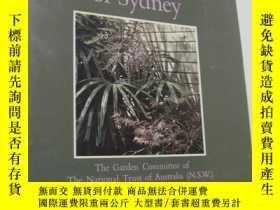 二手書博民逛書店Hidden罕見Gardens of SydneyY6078 以