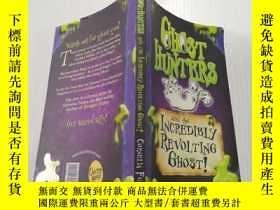 二手書博民逛書店Ghost罕見hunters and the incredible Revolting ghost:幽靈獵人和令人