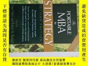 二手書博民逛書店The罕見PORTABLE MBA in STRATEGYY13895 Liam Fahey   Robert