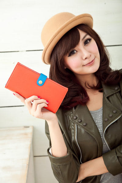 【Miyo皮夾】馬卡龍雙色圓釦兩折長夾(橘藍)