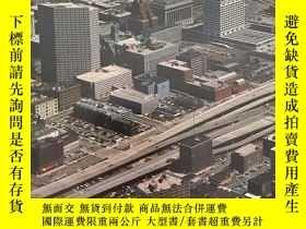 二手書博民逛書店Annual罕見Editions: Urban Society,