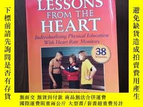 二手書博民逛書店Lessons罕見from the Heart : Individualizing Physical Educat