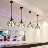 快速出貨-北歐現代簡約餐廳吊燈創意三頭loft燈具藝術鑽石鐵藝吧台個性燈飾 萬聖節
