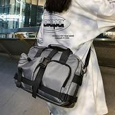 【免運】單肩包 工裝風斜背包 多口袋側背包 街頭風機車背包 大容量旅行包 手提袋 運動/健身