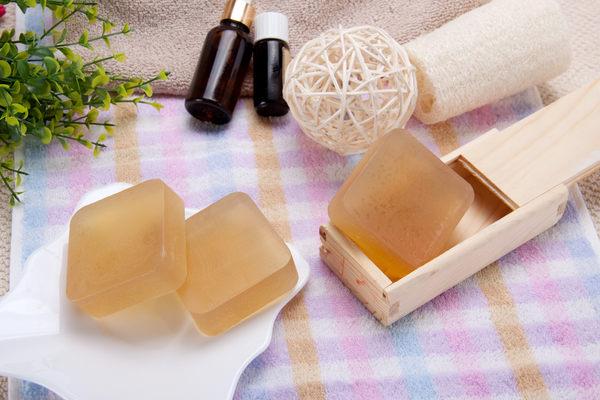 (玫瑰草精油)苦茶油手工皂