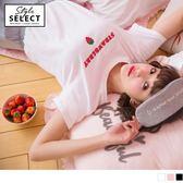 《KG0199-》草莓字母刺繡高含棉圓領上衣 OB嚴選