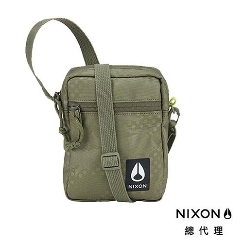【官方旗艦店】NIXON STASH 橄欖點迷彩 側肩小背包 斜肩包 中性款 背包 戶外 街頭 衝浪 小包 單車