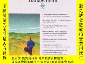 二手書博民逛書店Harvard罕見Business Review On Customer Relationship Managem