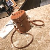 水桶包 上新 小包包女新款復古圓筒水桶包ins超火包簡約百搭斜挎包潮 夢藝家
