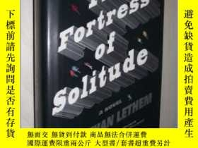 二手書博民逛書店英文原版罕見The Fortress of Solitude b