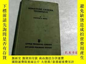 二手書博民逛書店Miniature罕見camera technique袖珍相機技