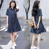 襯衫裙 夏季格子polo襯衫連身裙女中長款寬鬆顯瘦小個子復古氣質魚尾裙子 小宅女