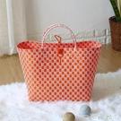 仿藤編大號提籃收納籃 購物籃塑編袋手提袋掛籃 手提籃收納袋 WD一米陽光