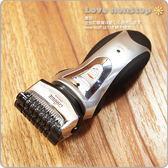 ☆樂樂購☆鐵馬星空☆勁黑二刀頭人體工學攜帶型充電式刮鬍刀/刮鬍器/電動刮鬍刀*(B04-027)