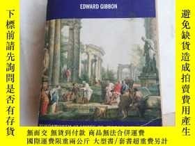 二手書博民逛書店The罕見decline and fall of the Roman empireY206777 見圖 見圖