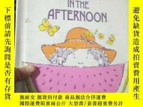 二手書博民逛書店BREAKFAST罕見IN THE AFTERNOONY1538
