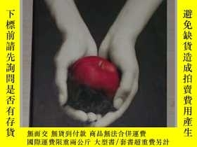 二手書博民逛書店英文原版罕見Twilight (The Twilight Sag
