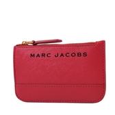 美國正品 MARC JACOBS 黑色LOGO防刮皮革鑰匙零錢包-紅色【現貨】