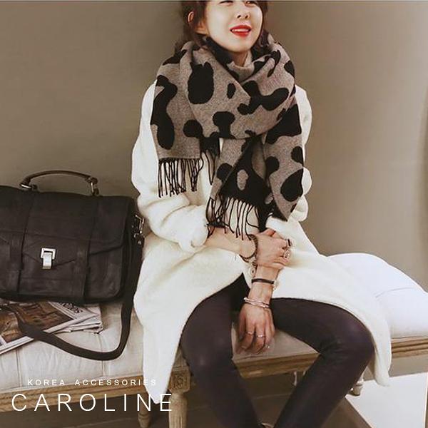 《Caroline》★ 本年度新款秋冬百搭仿羊絨披肩  質地細膩舒適柔軟兩用圍巾71604