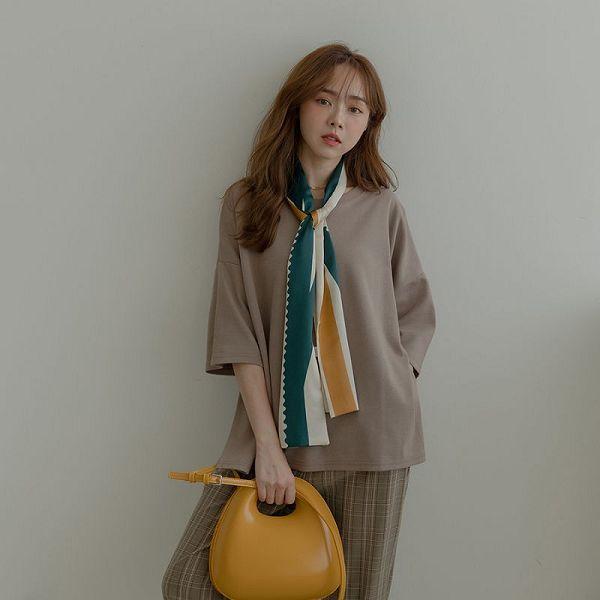 MIUSTAR 正韓-五分袖寬版素面棉質上衣(共5色)【NJ2440SX】預購