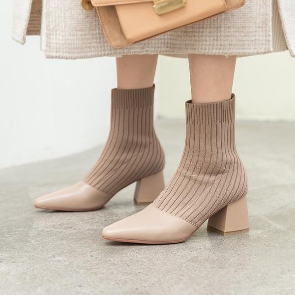 真皮女鞋☆ 2019新款百搭顯瘦牛皮拼接襪靴瘦瘦靴 馬丁靴 尖頭中跟短靴~2色
