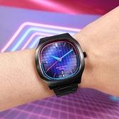 ALBA / VJ42-X308SD.AS9L87X1 / 東京霓虹 方型跳色潮流 日期 不鏽鋼手錶 鍍黑 37mm