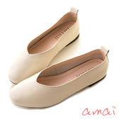 amai零著感-柔軟真皮深V微方頭舒適便鞋 杏