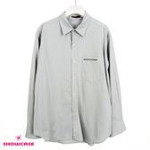 【SHOWCASE】簡約口袋燙鑽寬鬆學院風長版襯衫(灰)