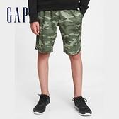 Gap男童 時尚網面繫帶運動短褲 664159-綠色迷彩