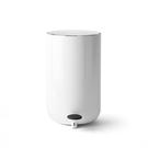 丹麥 Menu Pedal Bin 11L, Norm 衛浴系列 踩踏式 垃圾桶 中尺寸(亮白色)