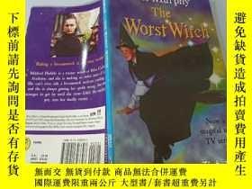 二手書博民逛書店The罕見Worst Witch:最壞的女巫Y200392
