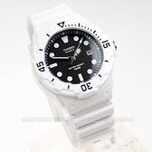 【時間玩家】CASIO以潛水風格為概念的女性運動風錶款─白/黑色。女錶/兒童錶 LRW-200H-1E