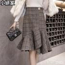 毛呢格子半身裙秋冬女中長款不規則a字荷葉邊一步裙包臀魚尾裙子