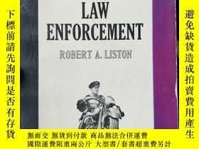 二手書博民逛書店英文原版:your罕見career in law enforce