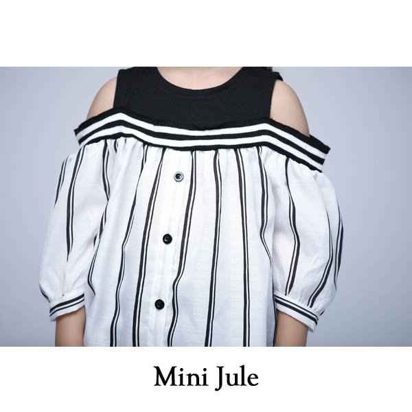《Mini Jule 女童》上衣 直紋拼接露肩蓬袖上衣(白) Azio Kids 美國派 童裝