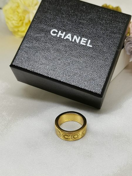 【雪曼國際精品】CHANEL  COCO字樣  (金色戒指)正版品二手商品~8.5成新