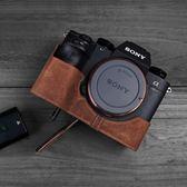 手工牛皮SONY索尼A9 A7M3皮套A7R3相機包A7RM3 A73真皮保護套手柄   ATF  『魔法鞋櫃』