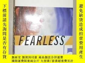 二手書博民逛書店【英語原版】罕見Kiss (Fearless 5) by Fra