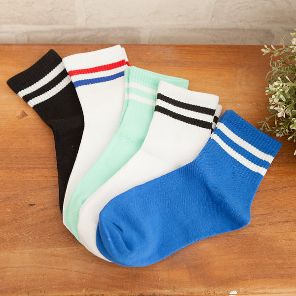 簡單條紋學院風 雙色中筒襪 情侶棉襪 女襪
