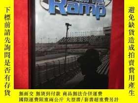 二手書博民逛書店A罕見View from The Ramp (小16開,硬精裝)