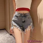 牛仔短褲 春季新款復古港味高腰顯瘦不規則破洞外穿性感牛仔短褲女-Ballet朵朵
