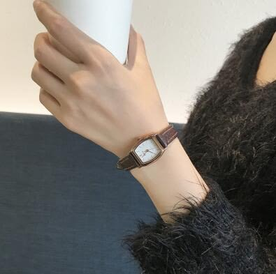 手錶女chic簡約韓版復古文藝vintage學院風小錶盤防水皮帶女錶 麥琪精品屋