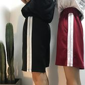 五分褲女寬鬆bf學生情侶褲子韓版嘻哈串標運動短褲春夏 魔法街