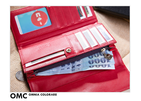 OMC - 韓國專櫃品牌立體楓葉真皮款兩折式長夾- 質感紅