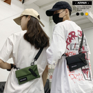 背包 歐美單肩斜背街頭個性化戰術小包【AC6321】 青山 斜背包 托特包 男女皆可 胸包 工裝搭配